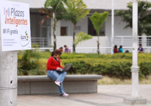 plaza inteligente wifi